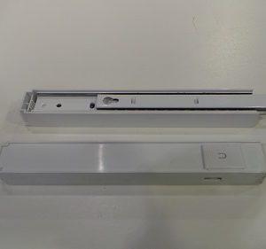 Auszugsschiene klein, schmal GEBRAUCHT links + rechts für Kühl/Gefrierkombination Siemens KI39FP60/01