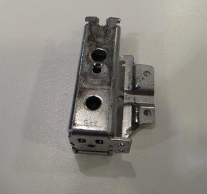 Scharnier, GEBRAUCHT für Kühl/Gefrierkombination Siemens KI39FP60/01