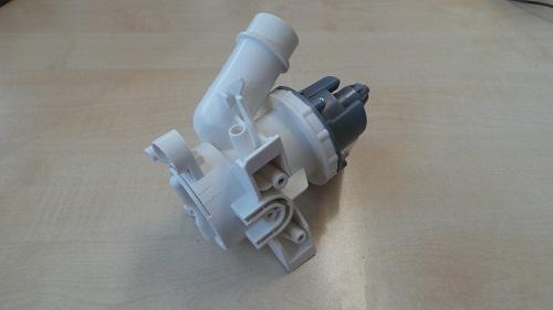 Ablaufpumpe von Candy Hoover geeignet für Waschmaschine CS4 117 2D3/1